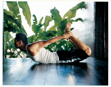 male_yoga_3kl_1.jpg