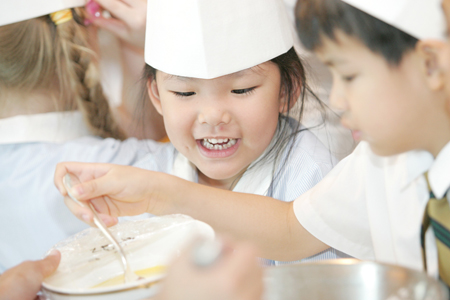 PBK_Academy_Junior_Chef_Cookingsmall.jpg